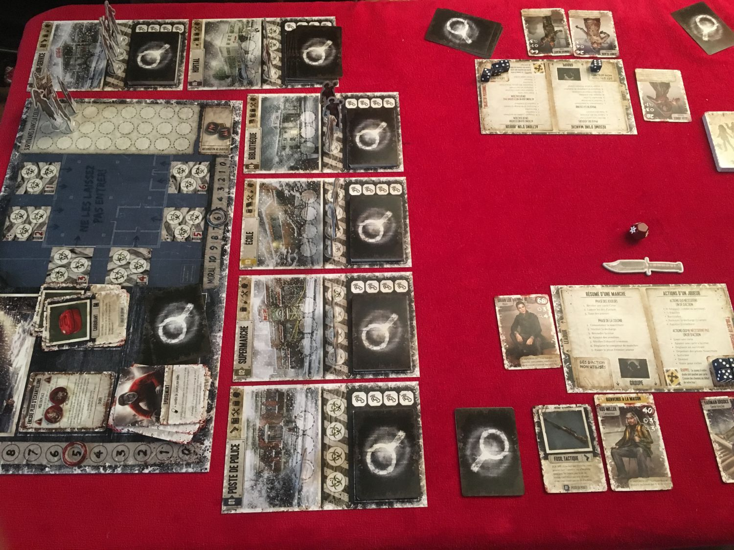 Dead of Winter prend pas mal de place sur la table.