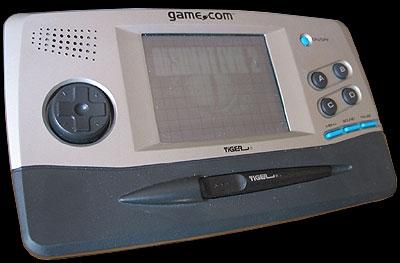 """Les consoles inconnues ou """"un peu"""" oubliées? :-( - Page 2 Tiger_gamecom"""